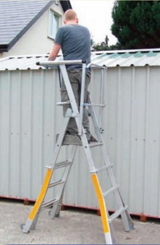 Expandable Podium Ladder Industrial Steps